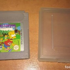 Videojuegos y Consolas: JUEGO BART SIMPSONS ESCAPE FROM CAMP DEADLY PARA CONSOLA NINTENDO GAME BOY CON SU FUNDA ORIGINAL. Lote 114654579