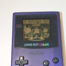Videojuegos y Consolas: GAME BOY COLOR MORADA FUNCIONANDO NINTENDO. Lote 145667054