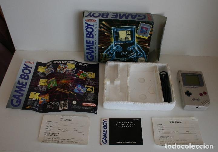 CONSOLA GAME BOY CLÁSICA CON CAJA Y CORCHO E INSTRUCCIONES (Juguetes - Videojuegos y Consolas - Nintendo - GameBoy)