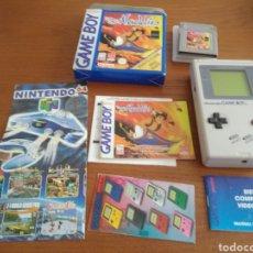 Videojuegos y Consolas: CONSOLA GAME BOY AÑO 1989 +JUEGO ALADDIN. Lote 210608001