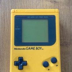 Videojuegos y Consolas: GAME BOY DMG-01 PLAY IT LOUD AMARILLA. Lote 260727670
