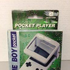 Videojuegos y Consolas: LUPA CON LUZ PARA NINTENDO GAME BOY POCKET. NUEVO A ESTRENAR. Lote 275690363