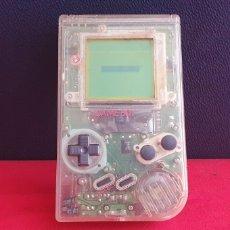 Videojuegos y Consolas: NINTENDO GAME BOY FUNCIONA LE FALTA LA TAPA .TAL CUAL COMO SE VE EN FOTOS. Lote 275726863