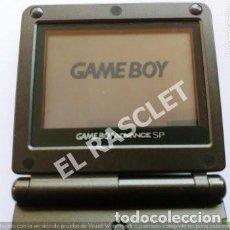Videojuegos y Consolas: GAME BOY ADVANCE SP - NINTENDO MOD.AGS 001 - AÑO 2002 - COLOR NEGRO CON FUNDA PARA CINTURON PLATA. Lote 293366263