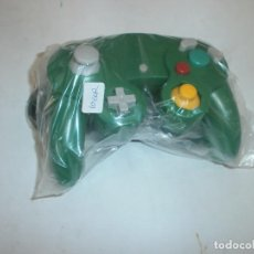 Videojuegos y Consolas: MANDO COMPATIBLE NINTENDO GAMECUBE COLOR VERDE NUEVO. Lote 119036731