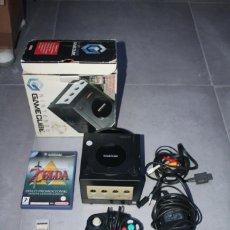 Videojuegos y Consolas: NINTENDO GAMECUBE EDICION ZELDA COLLECTOR`S EDITION CON CAJA, MANDO Y CABLES. Lote 142737318