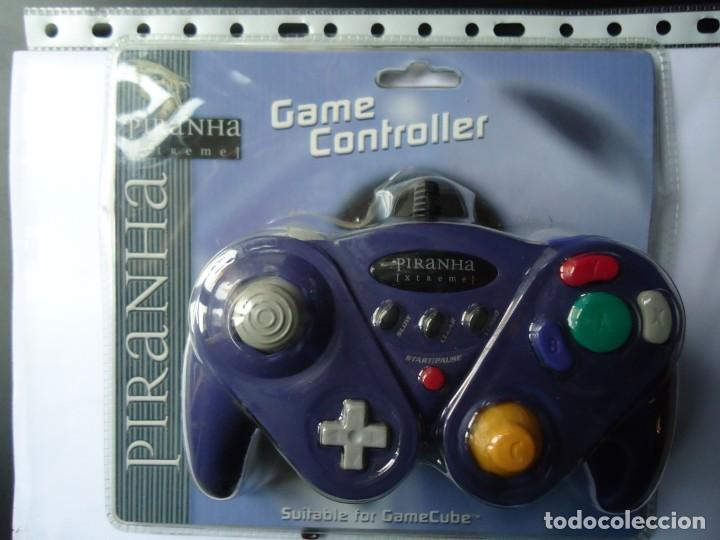 MANDO PARA CONSOLA GAME CUBE. GAME CONTROLLER,COLOR AZUL Y NEGRO.VER FOTO DEL DORSO. (Juguetes - Videojuegos y Consolas - Nintendo - Gamecube)