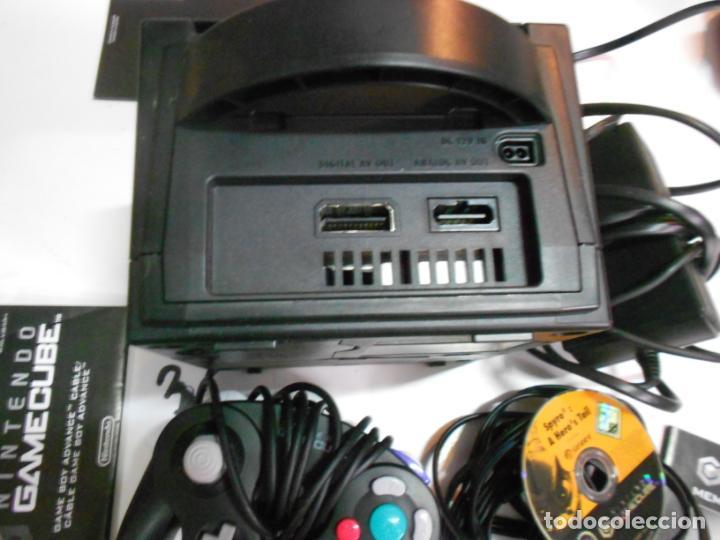 Videojuegos y Consolas: ANITGUA CONSOLA GAMECUBE CON ACCESORIOS VARIOS, JUEGO Y CAJA - Foto 5 - 201494406