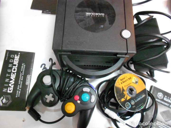 ANITGUA CONSOLA GAMECUBE CON ACCESORIOS VARIOS, JUEGO Y CAJA (Juguetes - Videojuegos y Consolas - Nintendo - Gamecube)