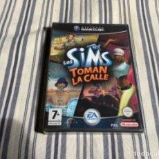 Videojuegos y Consolas: JUEGO GAMECUBE GAME CUBE LOS SIMS TOMAN LA CALLE COMPLETO PRECINTADO. Lote 244593565