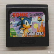Videogiochi e Consoli: JUEGO SONIC THE HEDGEHOG SEGA GAME GEAR, CON FUNDA ORIGINAL, FUNCIONA. Lote 192137155