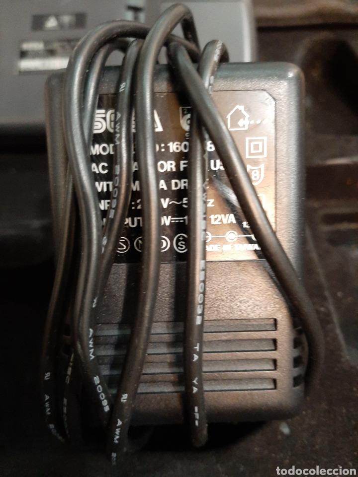 Videojuegos y Consolas: Sega gane Gear y cargador sega funciona sale unas rallas colores pantalla - Foto 3 - 194311883