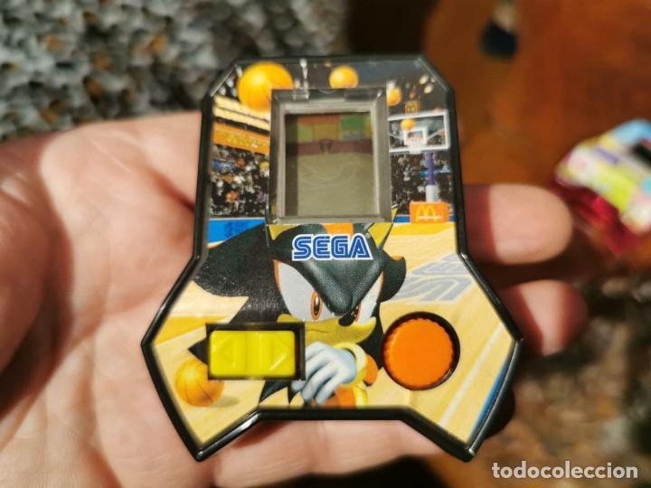 Videojuegos y Consolas: 2 MáquinaS juego video consola mini sega McDonald 2005, TENIS Y BASQUET - Foto 5 - 238092175