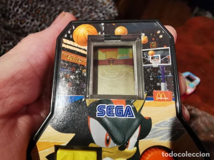 Videojuegos y Consolas: 2 MáquinaS juego video consola mini sega McDonald 2005, TENIS Y BASQUET - Foto 7 - 238092175