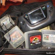 Videojuegos y Consolas: GAME GEAR LOTE CONSOLA Y JUEGOS(ENCIENDE PERO NO SE VEN LOS JUEGOS). Lote 245119695