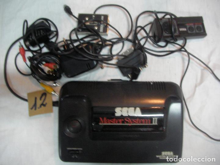 ANTIGUA CONSOLA SEGA MASTER SYSTEM II Y COMPLEMENTOS VARIOS (Juguetes - Videojuegos y Consolas - Sega - Master System)