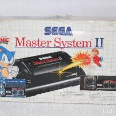 Videojuegos y Consolas: CONSOLA SEGA MASTER SYSTEM II CON CAJA + 3 JUEGOS - EXCELENTE ESTADO, EN FUNCIONAMIENTO. Lote 125824079