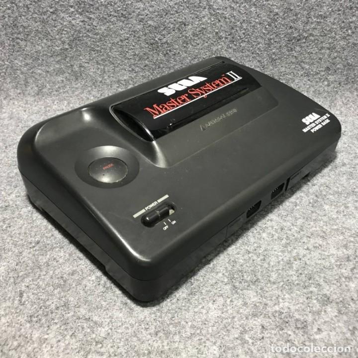 Videojuegos y Consolas: CONSOLA SEGA MASTER SYSTEM II+SONIC CON CAJA E INSTRUCCIONES - Foto 2 - 179124123