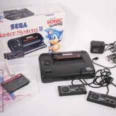 Videojuegos y Consolas: VIDEOCONSOLA / CONSOLA MASTER SYSTEM II DE SEGA CON JUEGO SONIC THE HEDGEHOG INCLUIDO - AÑOS 90. Lote 206883913