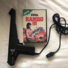 Videojuegos y Consolas: RAMBO III SEGA MASTER SYSTEM CON PISTOLA LIGHT PHASER - KREATEN. Lote 275054283