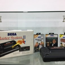 Videojuegos y Consolas: MASTER SYSTEM II SEGA CON CAJA, CABLES, MANDO Y JUEGOS. Lote 277622448
