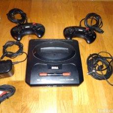 Videojuegos y Consolas: CONSOLA SEGA MEGA DRIVE II 16 BIT EN BUEN ESTADO FUNCCIONA CON TODO LOS CABLES Y 2 MANDOS. Lote 114824934