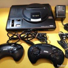 Videojuegos y Consolas: CONSOLA JAPAN SEGA MEGA DRIVE + DOS MANDOS PAL 16 BITS . Lote 161237342