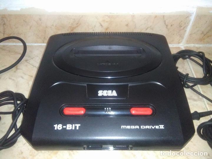 Videojuegos y Consolas: CONSOLA SEGA MEGADRIVE 2 CON 2 MANDos Y juego mega games 6 - Foto 2 - 177803883