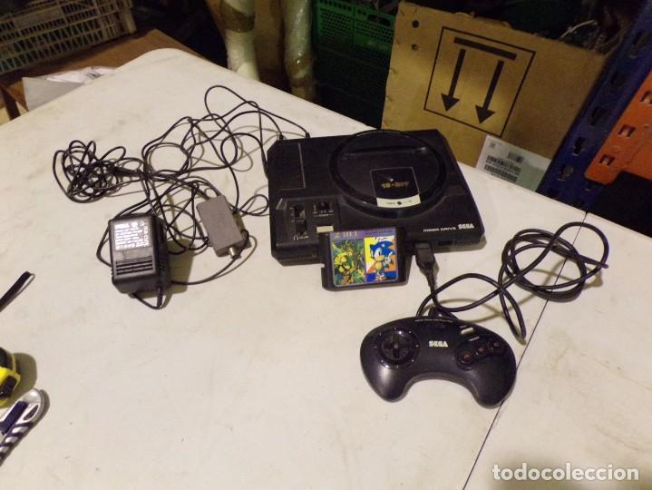CONSOLA MEGADRIVE SEGA CON UN JUEGO SONIC (Juguetes - Videojuegos y Consolas - Sega - MegaDrive)