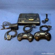 Videojogos e Consolas: CONSOLA - SEGA MEGA DRIVE - 16 BIT + 2 MANDOS + CARGADOR + CABLES + JOSTICK. Lote 219147361