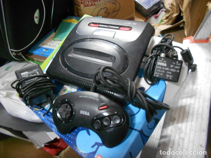 Videojuegos y Consolas: ANTIGUA CONSOLA SEGA MEGADRIVE II CON SUS ACCESORIOS Y MANDO (53.1) - Foto 5 - 50799260