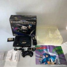 Videojuegos y Consolas: CONSOLA - SEGA MEFA DRIVE - 16 BIT - EN SU CAJA RIGINAL + PÓSTER SONIC + JUEGO + CAJA. Lote 235709495