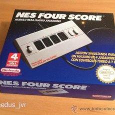 Videojuegos y Consolas: NINTENDO NES FOUR SCORE ADAPTADOR PARA 4 MANDOS VERSIÓN ESPAÑOLA Y NUEVO. Lote 118857256