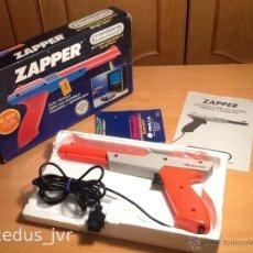Videojuegos y Consolas: ZAPPER PISTOLA DE LUZ PARA NINTENDO NES ACCESORIO ORIGINAL COMPLETO CON INSTRUCCIONES PAL ESPAÑA. Lote 45620019