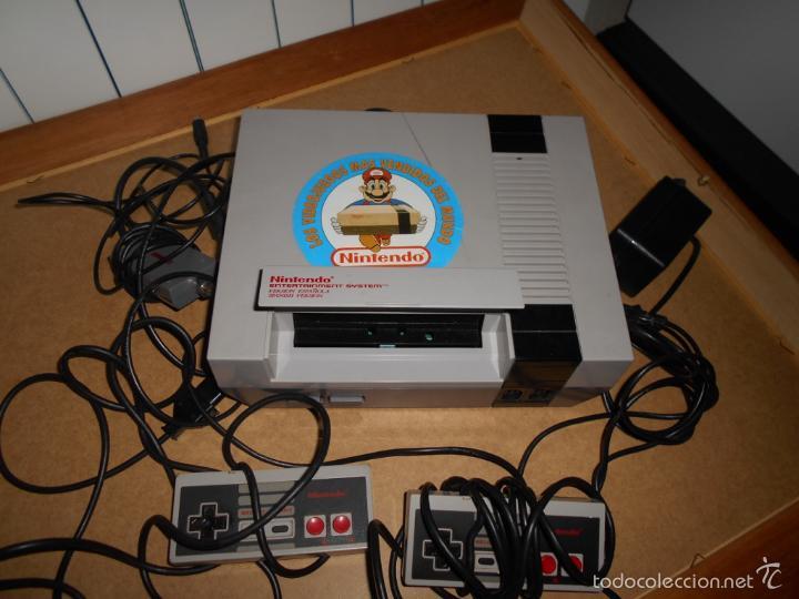 Videojuegos y Consolas: Consola Nintendo NES PAL 8 Bit original con todos sus cables y 2 mandos - Foto 2 - 56745056