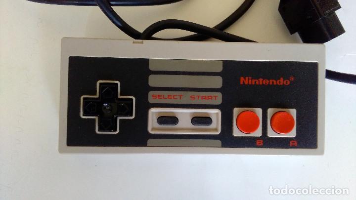 Videojuegos y Consolas: MANDO ORIGINAL NINTENDO NES. EN BUEN ESTADO. - Foto 2 - 85119580