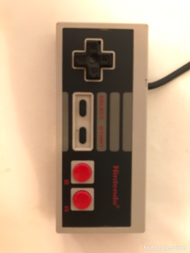 Videojuegos y Consolas: Videoconsola Nintendo Nes 8 bits versión española - Funcionando, PROBADA + mando original - Foto 2 - 95733399