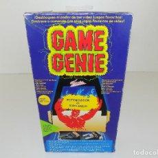 Videojuegos y Consolas: GAME GENIE FAMOSA-POTENCIADOR DE VIDEO JUEGOS. NINTENDO NES. NUEVO, A ESTRENAR!. Lote 108459139