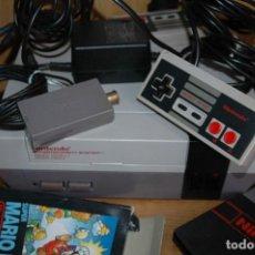Videojuegos y Consolas: CONSOLA NINTENDO NES PAL VERSION ESPAÑOLA + JUEGO SUPER MARIO BROS . Lote 121252539