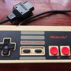 Videojuegos y Consolas: MANDO ORIGINAL NINTENDO NES FUNCIONANDO. Lote 133106723