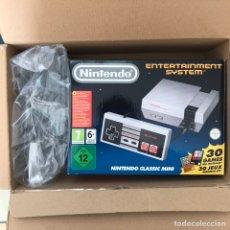 Videojuegos y Consolas: NINTENDO NES NUEVA A ESTRENAR CON ALARGUE DE MANDOS Y MANDO EXTRA. Lote 140073872