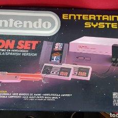Videojuegos y Consolas: CONSOLA RETRO NINTENDO ENTERTAINMENT SYSTEM NES ACTION SET CON 5 JUEGOS. Lote 144123946