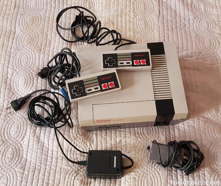 Videojuegos y Consolas: VINTAGE NINTENDO NES COMPLETA CON 2 MANDOS ORIGINALES Y CABLE ANTENA - Foto 2 - 145619430