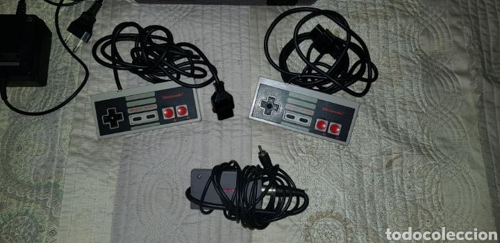 Videojuegos y Consolas: VINTAGE NINTENDO NES COMPLETA CON 2 MANDOS ORIGINALES Y CABLE ANTENA - Foto 3 - 145619430