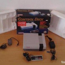 Videojuegos y Consolas: NINTENDO NES CONTROL DECK CON CAJA VERSION ESPAÑOLA TODO ORIGINAL FUNCIONANDO R8288. Lote 147337498
