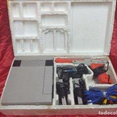 Videojuegos y Consolas: CONSOLA NINTENDO NES.. Lote 163101318
