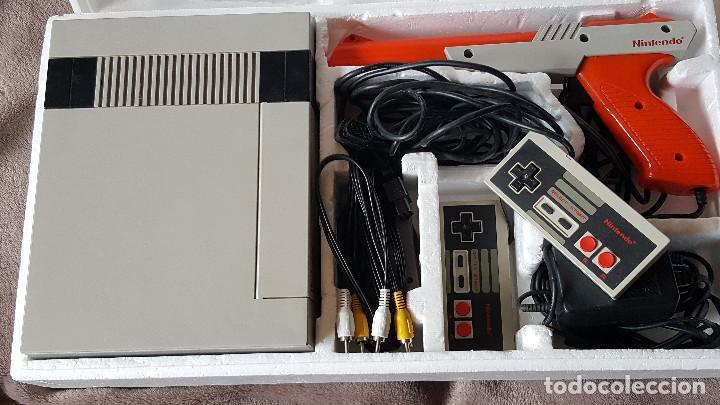 Videojuegos y Consolas: CONSOLA NINTENDO NES ACTION SET VERSIÓN ESPAÑOLA - Foto 9 - 176545037