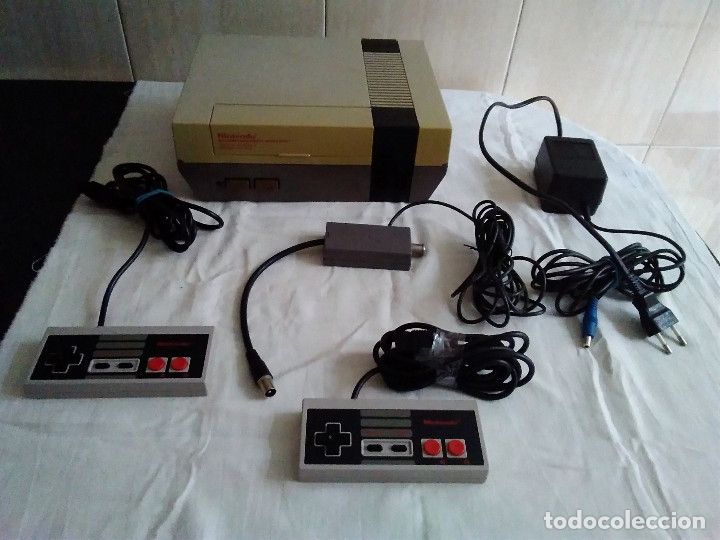 Videojuegos y Consolas: 1-CONSOLA NINTENDO NES VERSION ESPAÑOLA 1987 - Foto 9 - 174016592