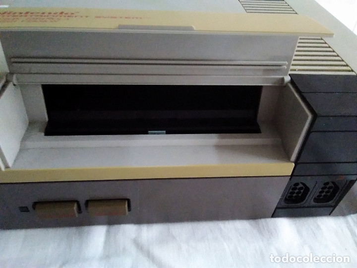 Videojuegos y Consolas: 1-CONSOLA NINTENDO NES VERSION ESPAÑOLA 1987 - Foto 20 - 174016592