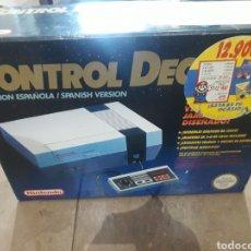 Videojuegos y Consolas: NINTENDO NES CONTROL DECK COMO RECIÉN ABIERTA. Lote 195058113